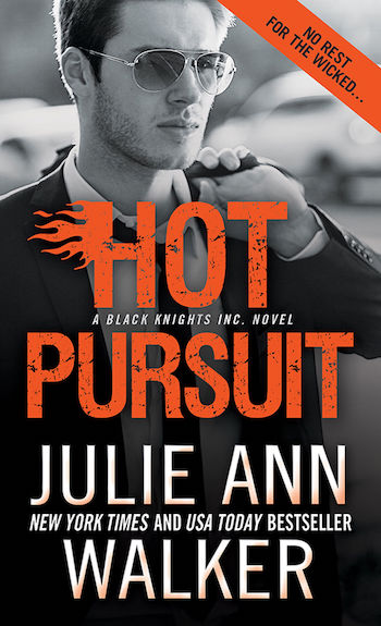 Hot Pursuit by Julie Ann Walker